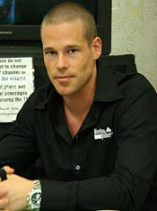The Poker Grapevine – Patrik Antonius Turns to Junk Food