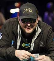 Phil Hellmuth Chimes in on Donald Trump